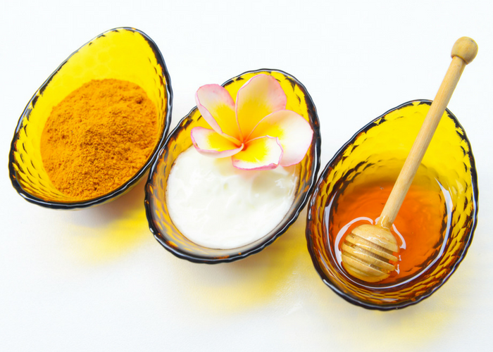 milk, honey and turmeric powder as ingredients for turmeric face mask diy