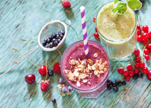 Pre-workout meal smoothie with Greek yogurt