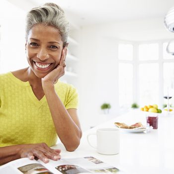 woman-reading-paleo-book -featured-image