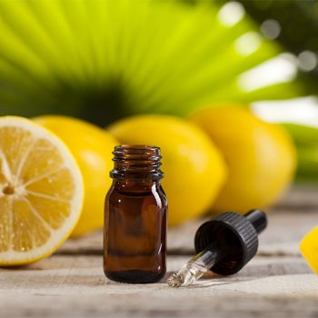 lemon-essential-oil-for-skin-lightening-featured-image