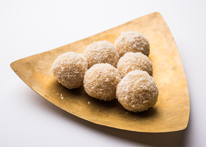 keto-donut-holes-on-wooden-plate