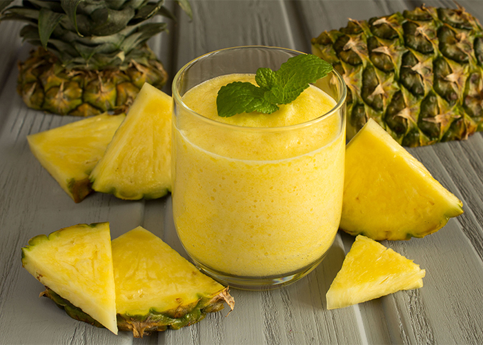 paleo-pineapple-breakfast-smoothie